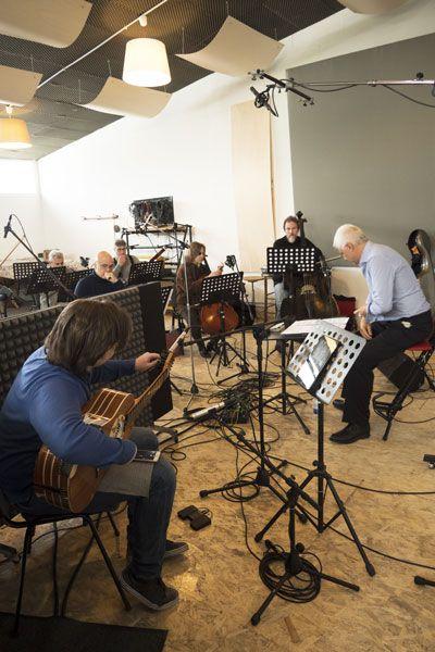 """Marcello De Carolis durante la registrazione del """"Concerto di Matera"""" scritto da Angelo Gilardino"""