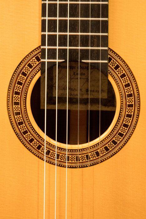 La buca della chitarra classica Guagliardo