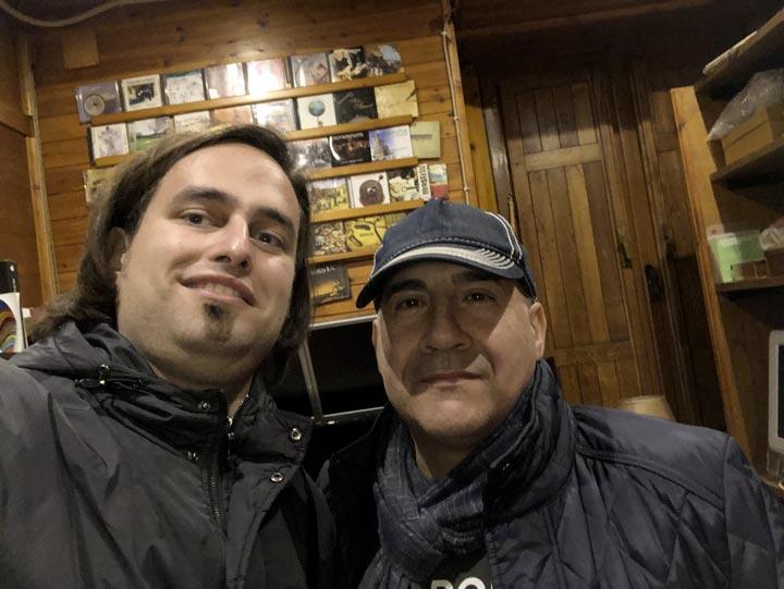 Il fonico Alessandro Luvarà dello Spainaudio che ha curato mix e mastering del concerto di Matera