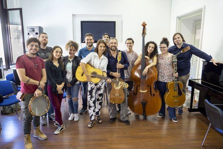 Masterclass di chitarra battente al conservatorio Cile di Reggio Calabria con Francesco Loccisano Marcello De Carolis Alessandro Cilio e Daniela Geria