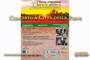 Concerto a Città della Pieve di Marcello De Carolis trio con chitarra battente ukubass e cajon per il festival internazionale Green Music