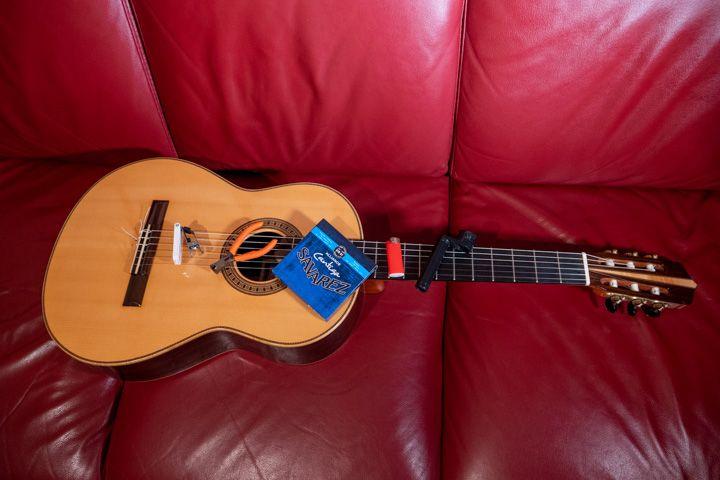 Cambiare le corde alla chitarra classica tutorial