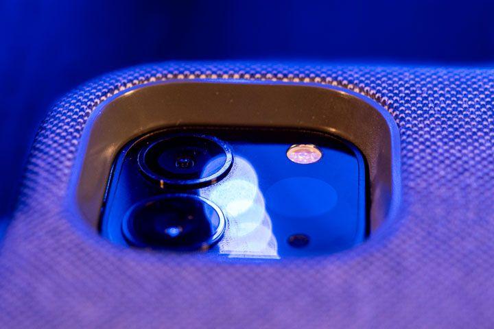 spessore vicino la fotocamera della tastiera con trackpad per ipad pro da 11 pollici