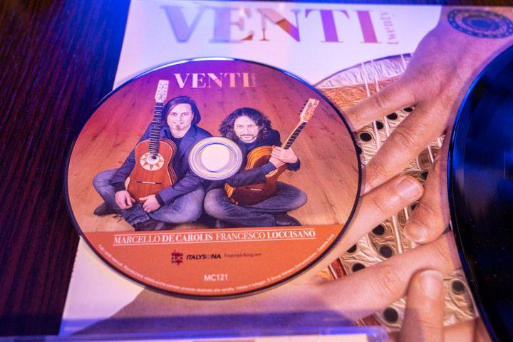 Disco venti del duo di chitarra battente Loccisano De Carolis