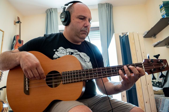 Luka Fabrizio registra l'ukubass in tico tico